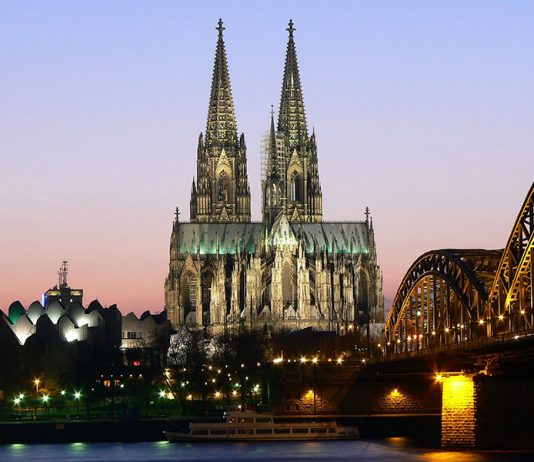Koln Cathedral, Ger1axg~commonswiki, Wikimedia