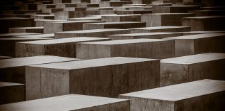 Holocaust, David Melchor Diaz, Flickr