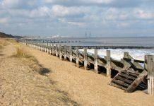hopton beach, Geograph.org.uk, Evelyn Simak