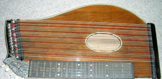 Zither: commons.wikimedia.org, Ludwig Gruber
