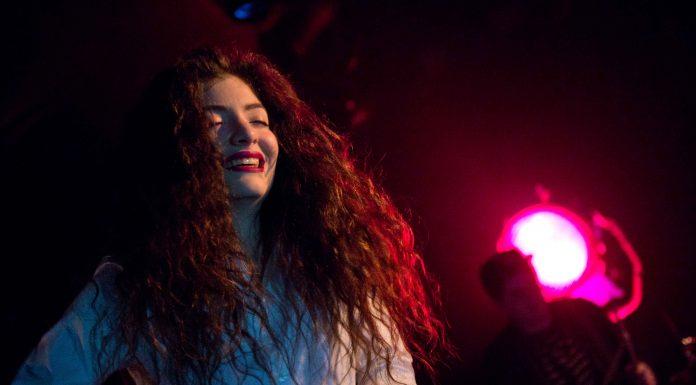 Lorde performs in Seattle, 2013. Photo taken by Kirk Stauffer, Wikimedia.