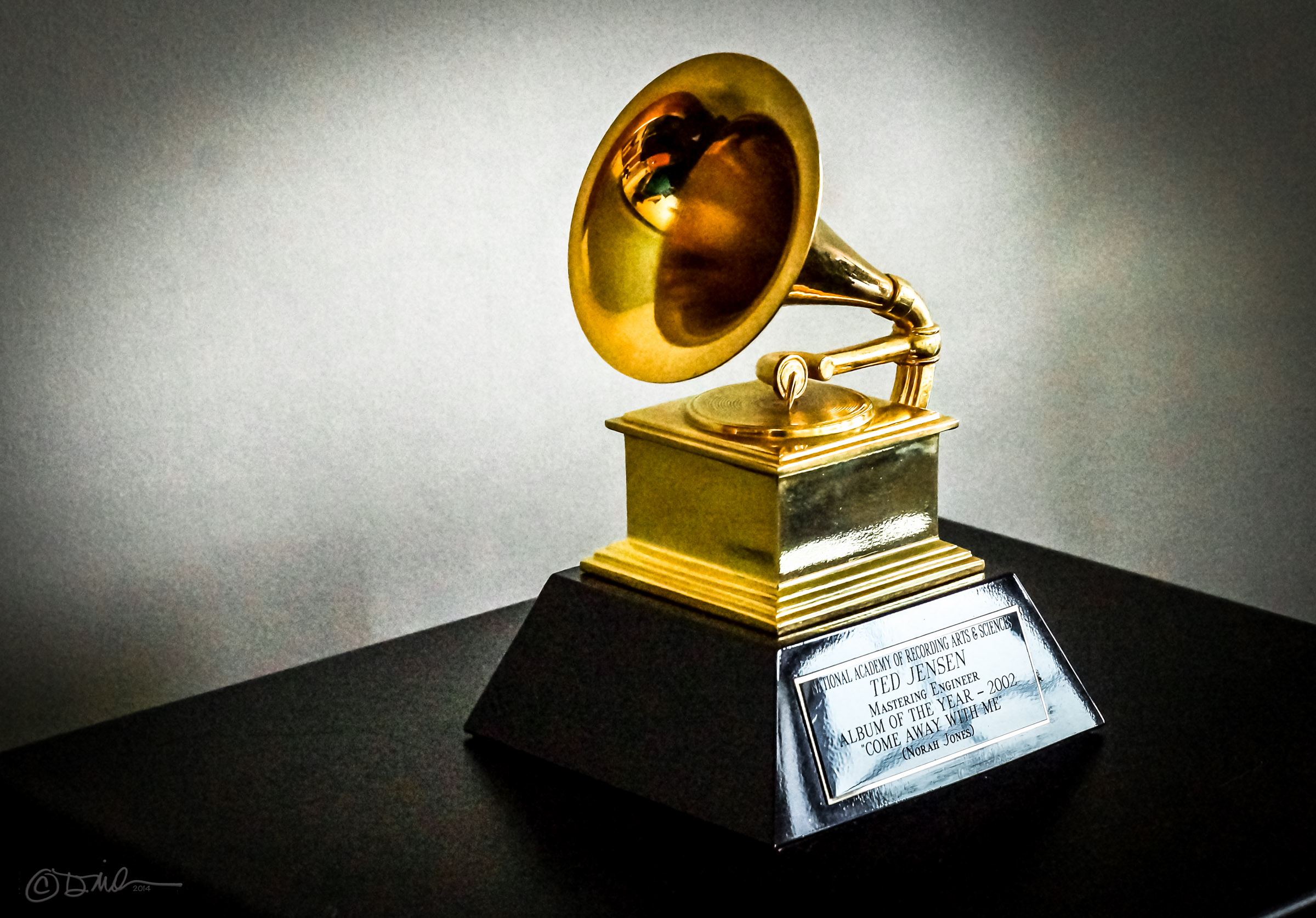 grammy by dmileson on Wikimedia Commons