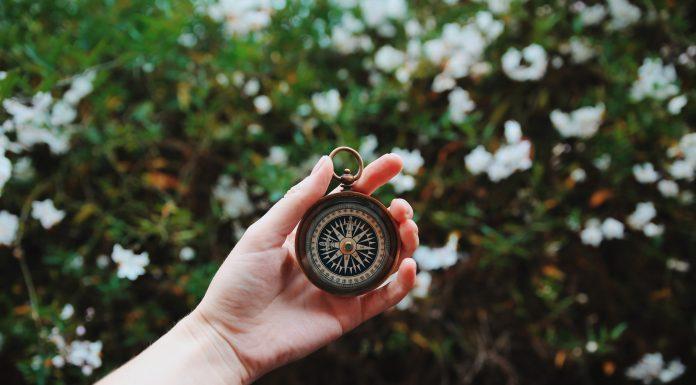 pocket watch by Heidi Sandstrom on unsplash