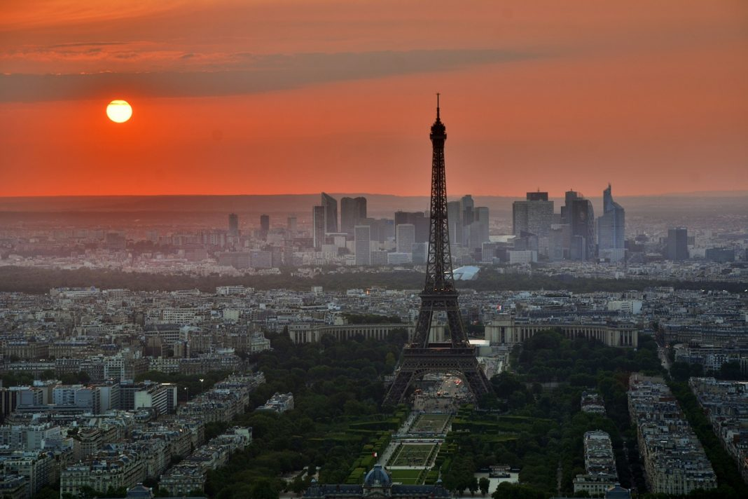 paris by free-photos on pixabay