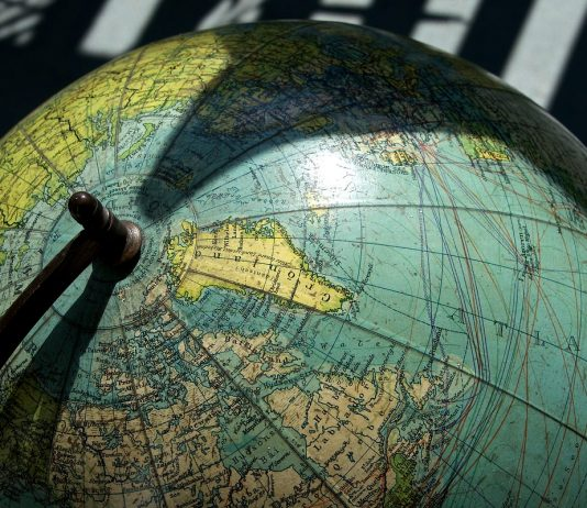 globe by PIRO4D on pixabay