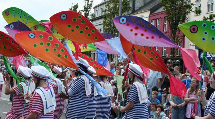 art festival by peter clarke on wikimedia commons