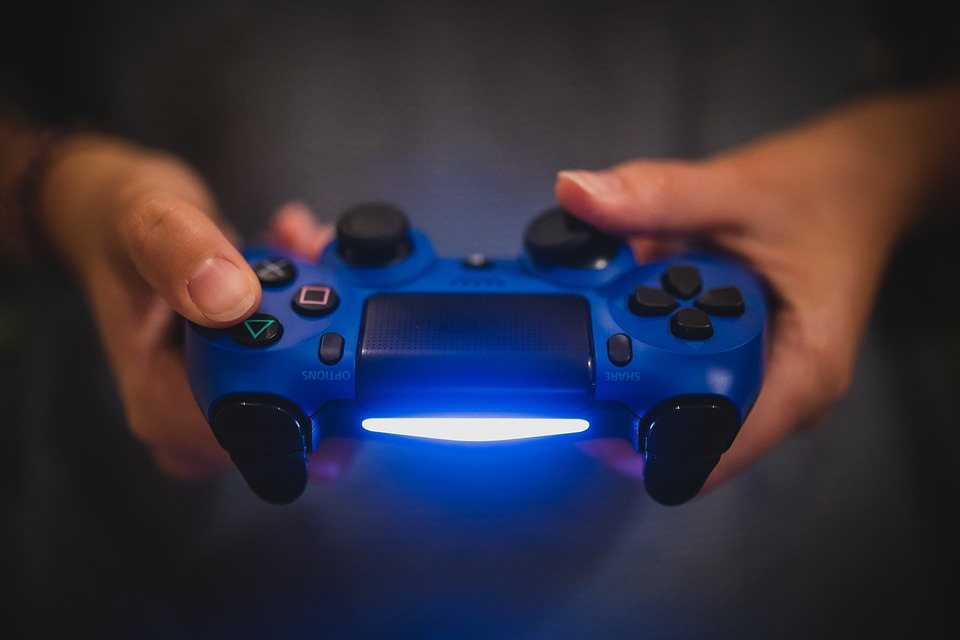 https://www.maxpixel.net/Sony-Gaming-Video-Games-Ps4-Controller-Playstation-2619483