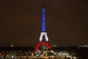 Paris mourns the loss of the terrorist attacks in the city. Photo: Agencia Brasil, Kinoko Kokonotsu