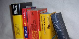 Translation dictionaries, commons.wikimedia.org, w-User-LinguistAtLarge