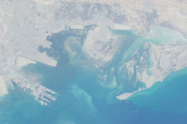 Trout Bay, Saudi Arabia. Credit: ISS Crew Earth Observations- ISS034-E-053513