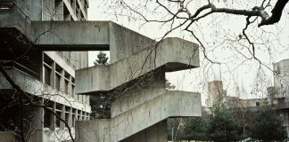 UEA, Library 1 (Flickr, SkyDivedParcel)