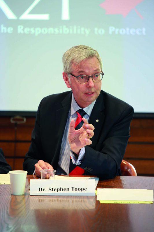 Cambridge VC refuses to take pay cut