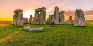 stonehenge by Momentum Dash on flickr