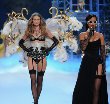 Future of the runway: Fenty vs Victoria Secret