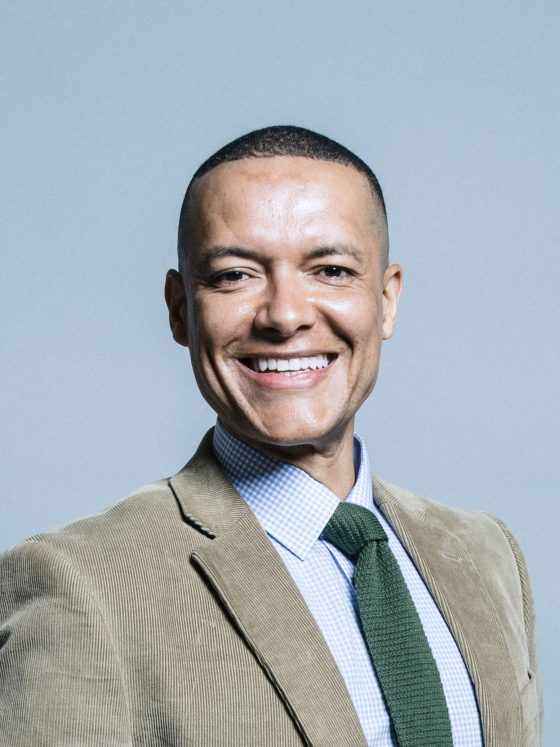 Norwich South MP Clive Lewis has pulled out of the race to succeed Jeremy Corbyn