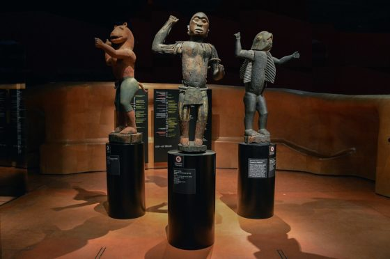 Five arrested in attempt to reclaim African artefact from Paris museum